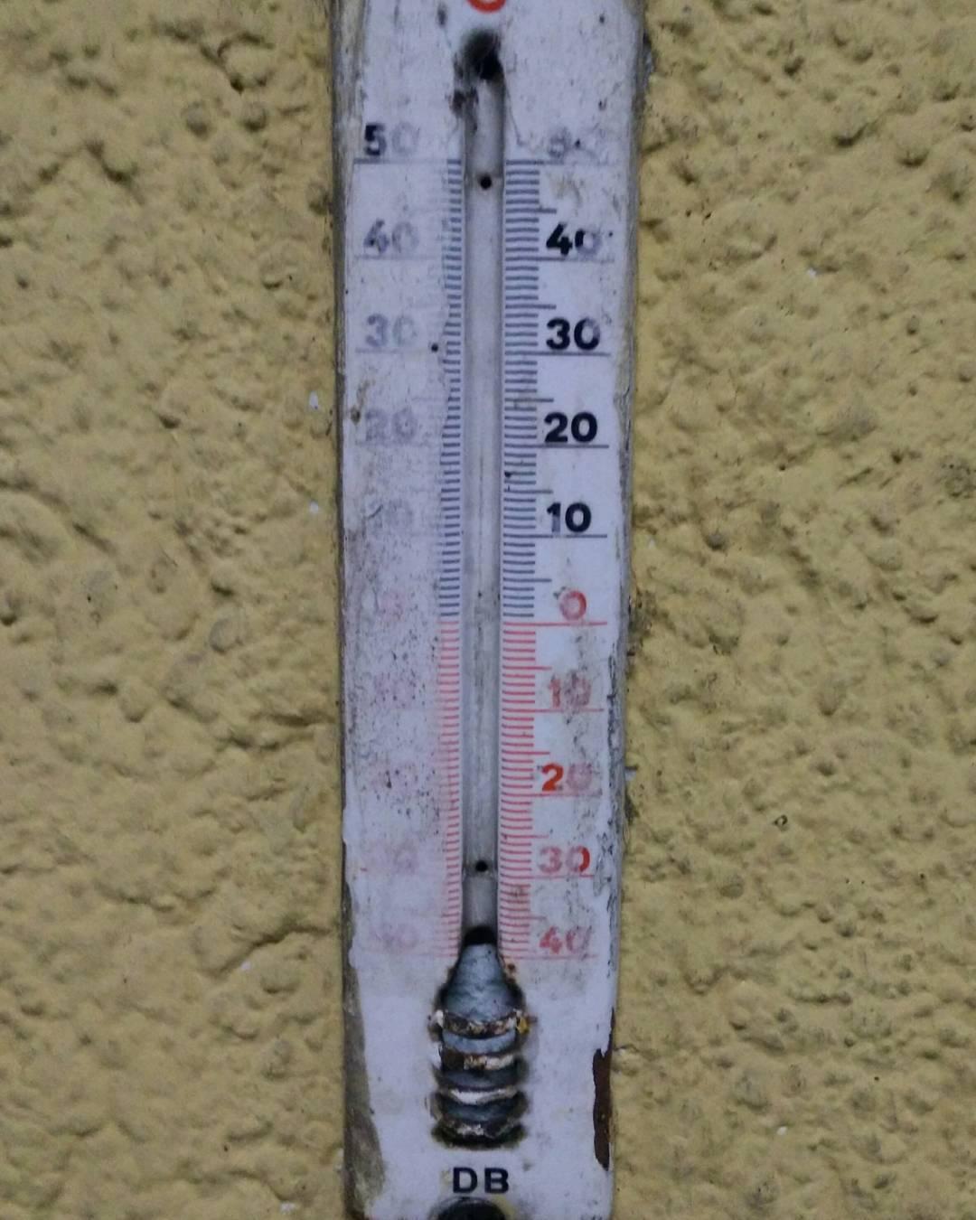 Soooooooo kalt ist es auf dem Bahnhof regensburg Weiterlesen rarr